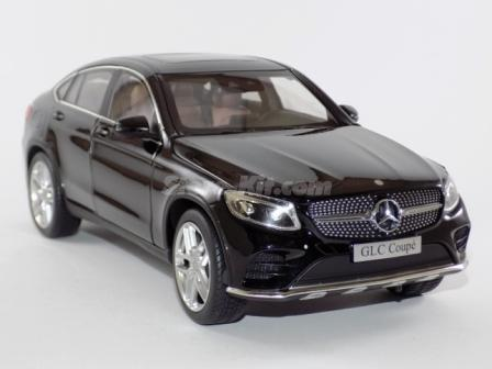 Mercedes-Benz GLC Coupé 4 portas preto