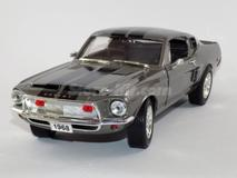 Shelby GT-500 KR 1968 Cinza/Rato