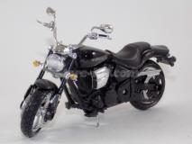 Yamaha Road Star Warrior preta